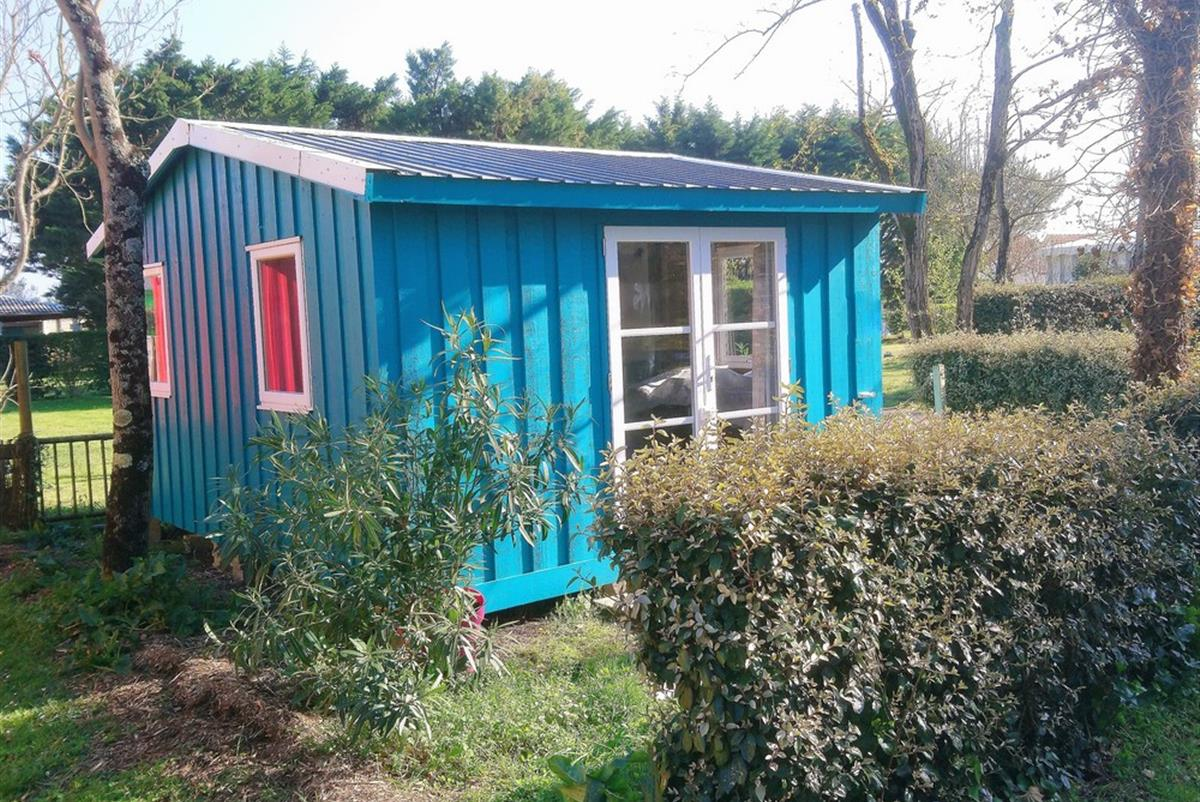 Mobile home for 4/5 people without health for rent camping at Bon Air in Marennes